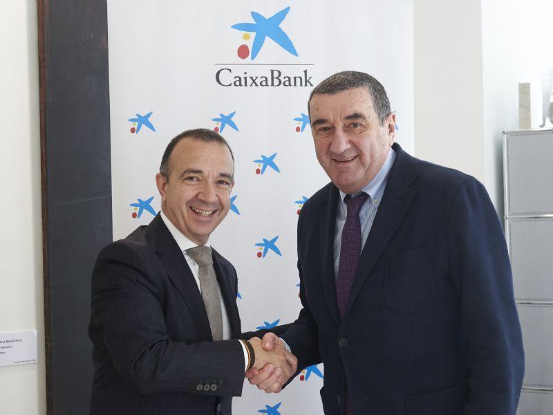 Zaragoza Deporte Municipal y CaixaBank renuevan por tres años el patrocinio del programa «Entra en acción»