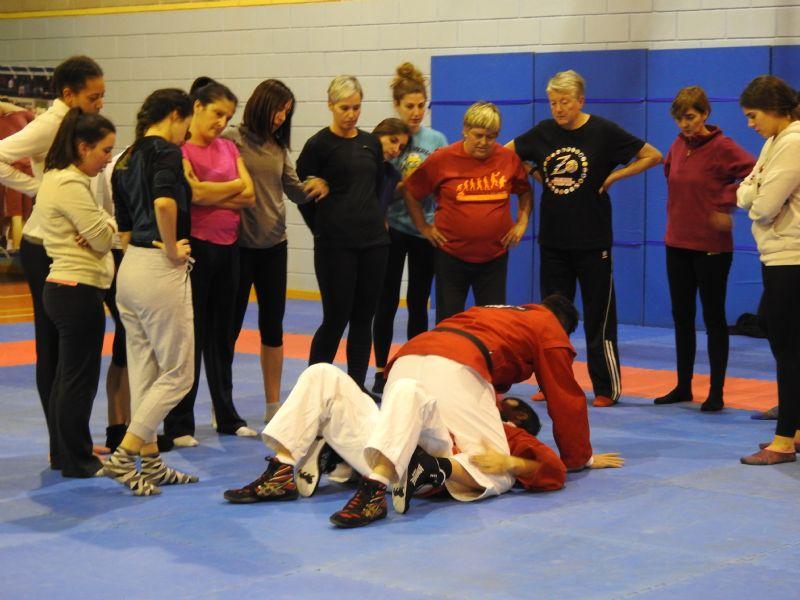 Fotos y Vídeo de la Master Class de Defensa Personal para Mujeres