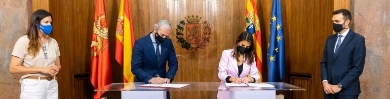 Ayuntamiento y CaixaBank amplían su colaboración para impulsar actividades deportivas para todos los públicos en los próximos tres años