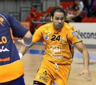 El CAI Aragón busca recambio para Zaky