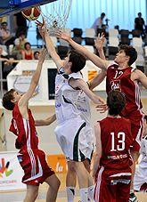 Granada derrota al Cai Zaragoza en su debut en el Campeonato de España de Baloncesto Cadete