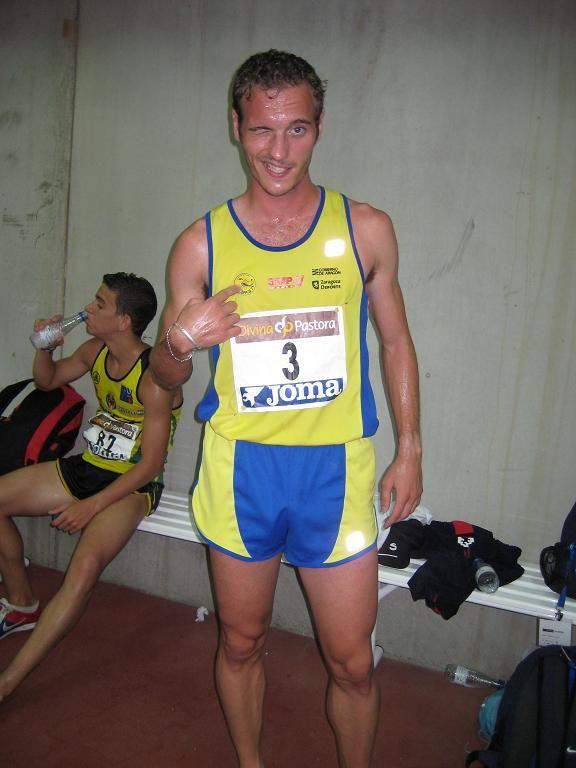 Abadía Campeón de Europa Junior en 3000 obstáculos
