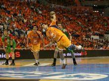 El Balonmano Zaragoza vence uno de sus partidos de pretemporada en Pamplona