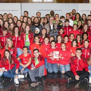 El Ayuntamiento felicita al Club Voleibol Zaragoza por su 30 aniversario y los crecientes logros de su cantera