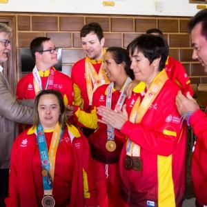 El Ayuntamiento felicita a Special Olympics Aragón por sus 11 medallas en los Juegos Mundiales de Abu Dhabi