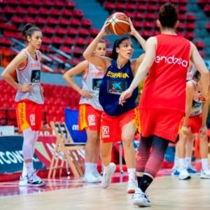 La Selección Femenina de Baloncesto ya se ejercita en Zaragoza