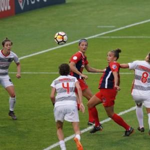 Aragón busca impulsar el deporte entre las mujeres y evitar que lo abandonen
