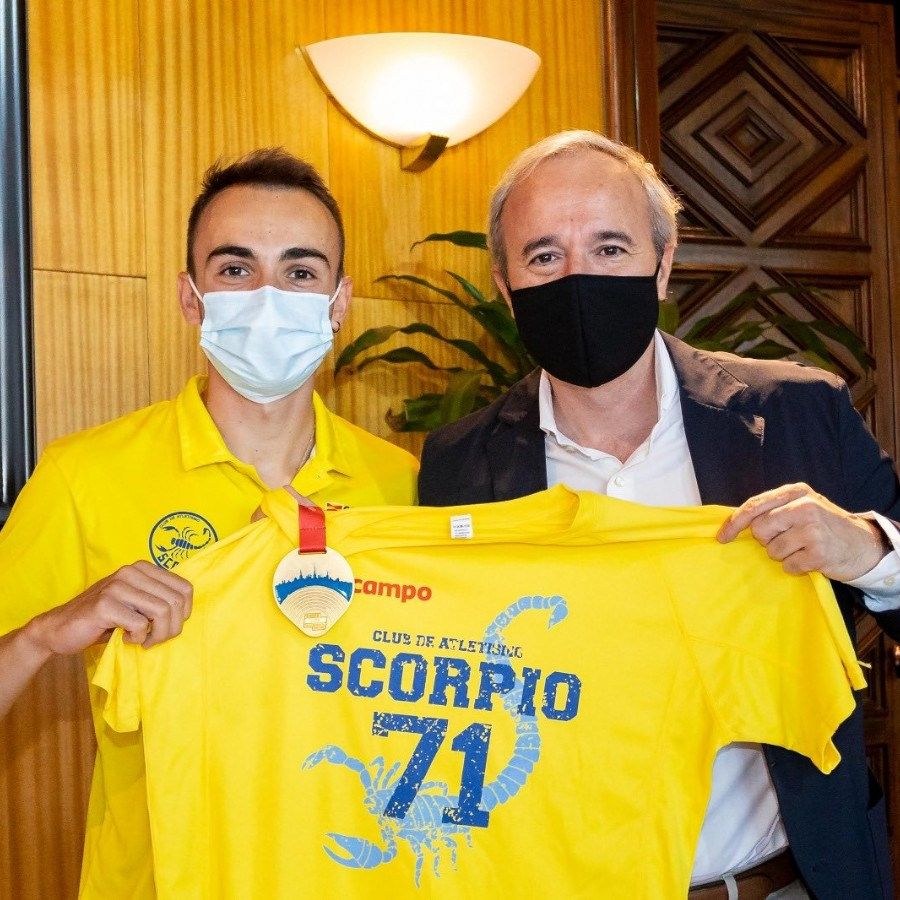 Recepción municipal a Eduardo Menacho, campeón de Europa Sub-23 de los 10.000 metros