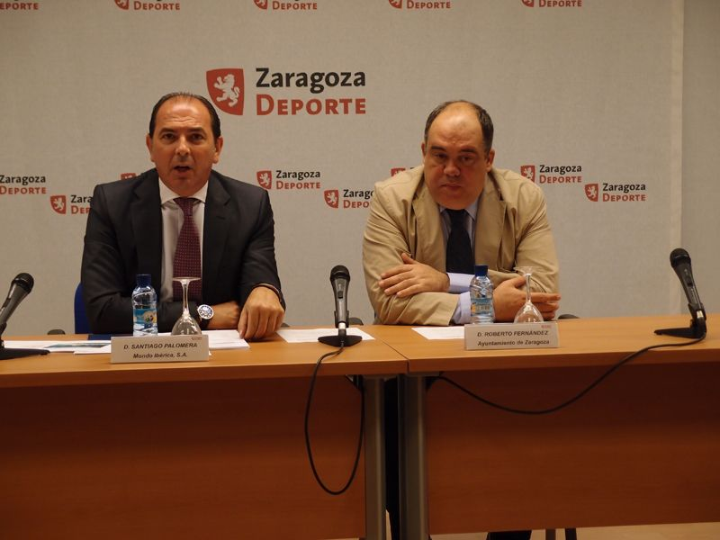Santiago Palomera (Director General de Mondo Ibérica)y  Roberto Fernández (Concejal de Deportes).