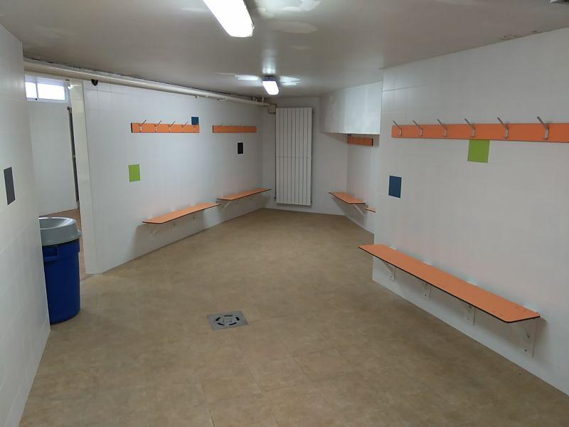 Reforma de vestuarios y duchas de las piscinas del Palacio de Deportes