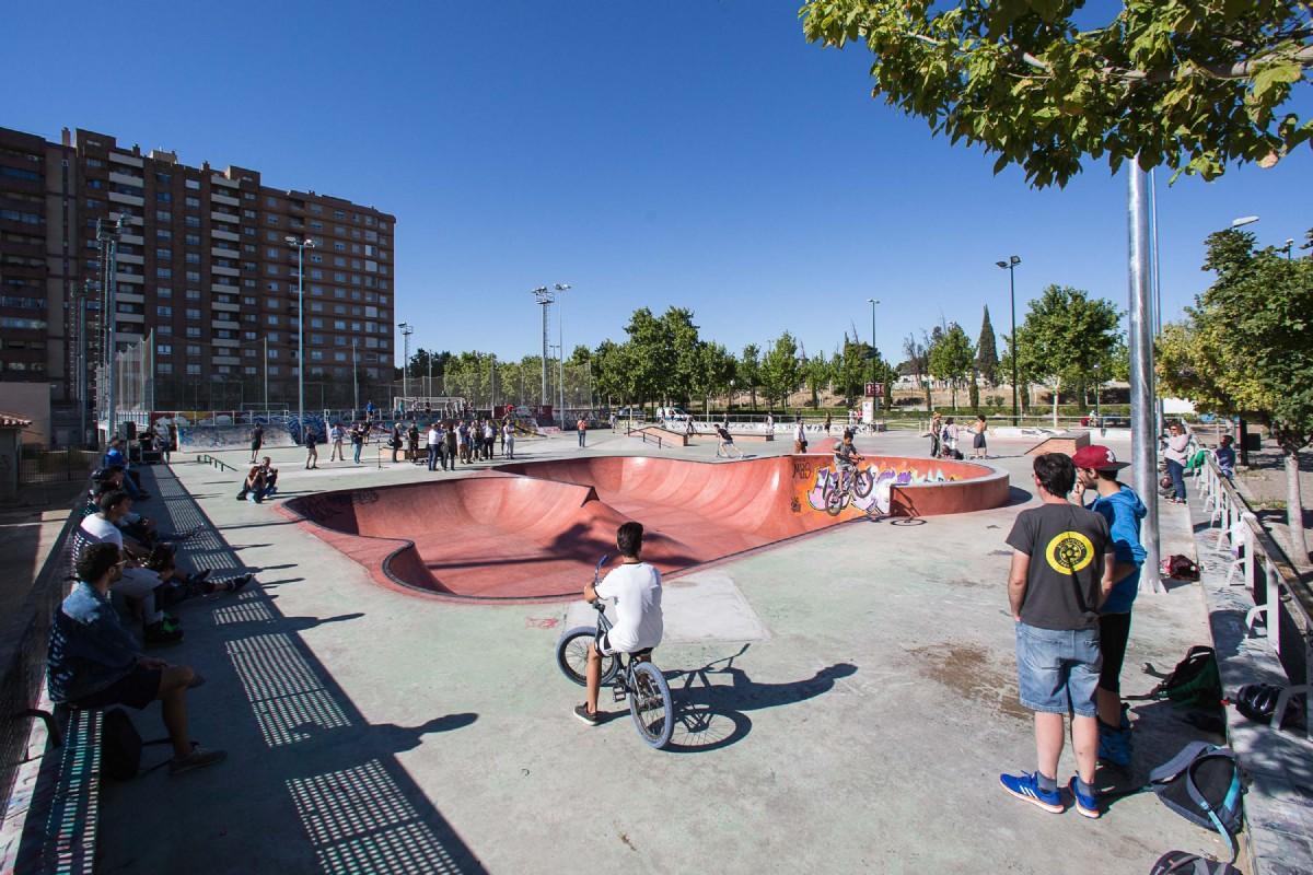 El skate park de Vía Hispanidad adquiere la denominación de «Ignacio Echeverría»