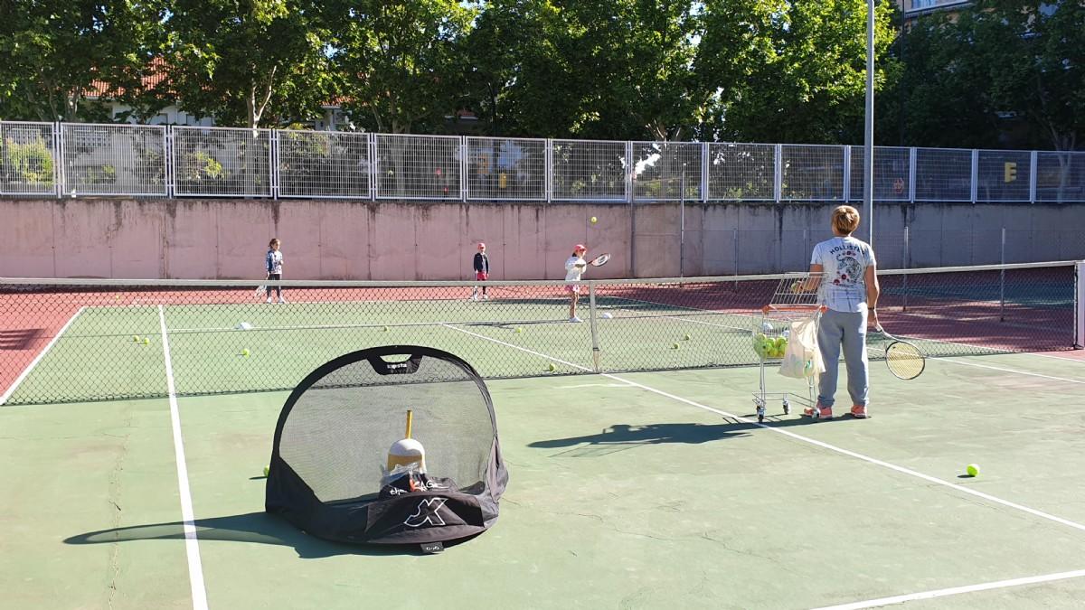 Cursillos municipales de tenis