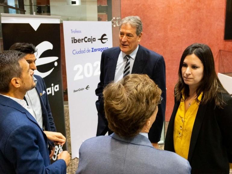 Ayuntamiento e Ibercaja renuevan su colaboración para los Trofeos Ciudad de Zaragoza