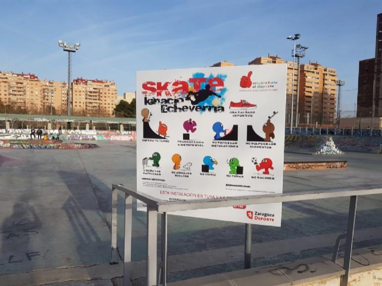 El skate park de Vía Hispanidad ya luce su nuevo nombre «Ignacio Echeverría»