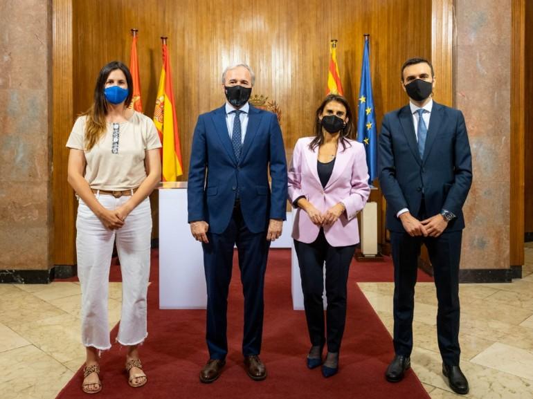 Ayuntamiento y CaixaBank amplían su colaboración para impulsar actividades deportivas para todos los públicos en los próximos tres años. Foto: Miguel G. García