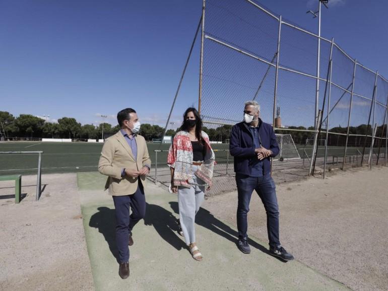 Urbanismo y el Estadio Miralbueno-El Olivar impulsan un acuerdo para la remodelación, puesta en marcha y cesión del CDM Mudéjar . Foto: Chus Marcador