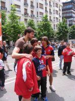 CALLE 3 Carlos Prieto junto a jugadores