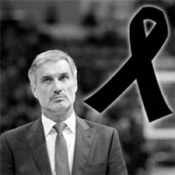 «Amigos» la emotiva despedida de José Luis Abós